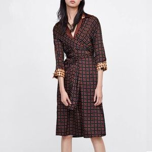 Zara geometric print collared wrap dress size M